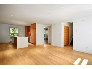 """Photo 9: 1556 COMOX Street in Vancouver: West End VW Townhouse for sale in """"C & C"""" (Vancouver West)  : MLS®# V908911"""