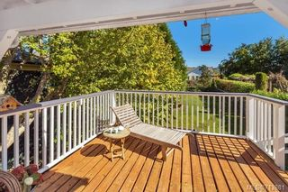 Photo 12: 2235 Shakespeare St in : Vi Fernwood House for sale (Victoria)  : MLS®# 713881
