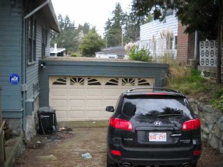 Photo 3: 4899 MCKEE Place in Burnaby: South Slope House for sale (Burnaby South)  : MLS®# V817663