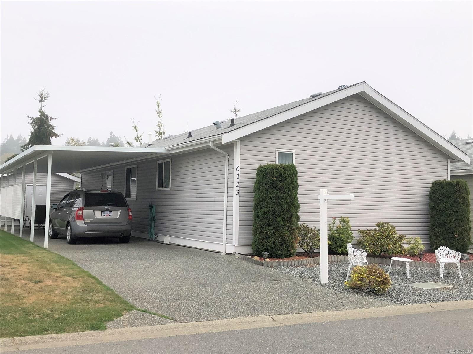 Main Photo: 6123 Denver Way in : Na Pleasant Valley Manufactured Home for sale (Nanaimo)  : MLS®# 855600