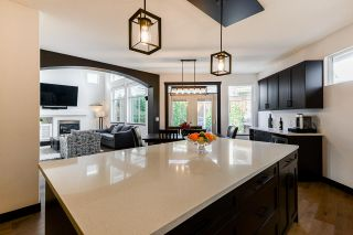 """Photo 13: 20163 69 Avenue in Langley: Willoughby Heights House for sale in """"Jefferies Brook"""" : MLS®# R2557300"""