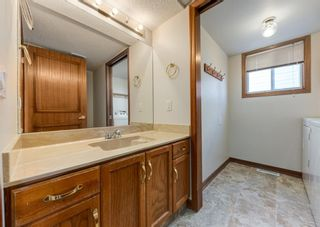 Photo 12: 147 Scenic Cove Circle NW in Calgary: Scenic Acres Detached for sale : MLS®# A1073490