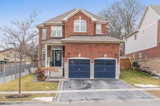 Photo 3: 111 Courvier Crescent in Clarington: Bowmanville House (2-Storey) for sale : MLS®# E5088493
