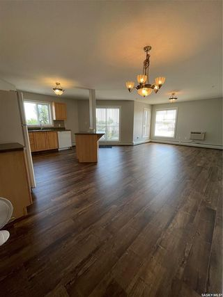Photo 3: 201 100 1st Avenue North in Warman: Residential for sale : MLS®# SK861449
