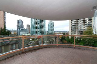 """Photo 10: 405 4425 HALIFAX Street in Burnaby: Brentwood Park Condo for sale in """"POLARIS"""" (Burnaby North)  : MLS®# R2120218"""