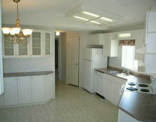 Photo 3: 7 SILVERDALE Crescent in Winnipeg: St Vital Mobile Home for sale (South East Winnipeg)  : MLS®# 2604314