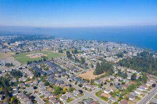 Photo 12: 6091 Montgomery Way in : Na North Nanaimo House for sale (Nanaimo)  : MLS®# 855798