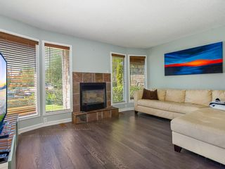 Photo 9: 9727 Austin Road SE in Calgary: Acadia Detached for sale : MLS®# A1071027