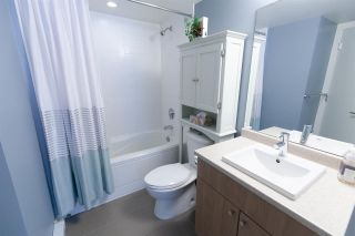 """Photo 8: 201 85 EIGHTH Avenue in New Westminster: GlenBrooke North Condo for sale in """"EIGHTWEST"""" : MLS®# R2310352"""