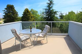 Photo 15: 1462 Cardinal Lane in White Rock: Home for sale