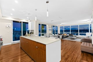Photo 8: 1702 159 W 2ND Avenue in Vancouver: False Creek Condo for sale (Vancouver West)  : MLS®# R2536851