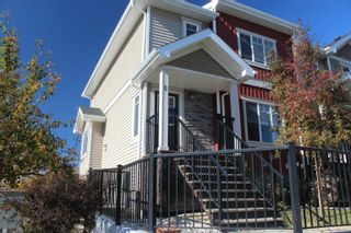 Photo 1: 1 13810 166 Avenue in Edmonton: Zone 27 Townhouse for sale : MLS®# E4264983