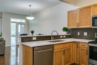 Photo 7: 54 Royal Manor NW in Calgary: Royal Oak Row/Townhouse for sale : MLS®# A1130297