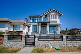 Main Photo: 3691 E GEORGIA Street in Vancouver: Renfrew VE House for sale (Vancouver East)  : MLS®# R2600879