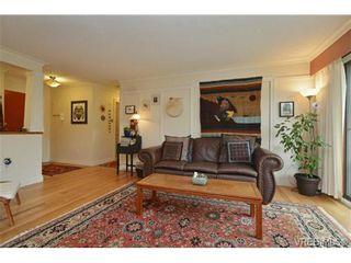 Photo 3: 206 1012 Collinson St in VICTORIA: Vi Fairfield West Condo for sale (Victoria)  : MLS®# 729592