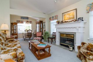 Photo 3: 23 8555 209 STREET in Langley: Walnut Grove Townhouse for sale : MLS®# R2065792