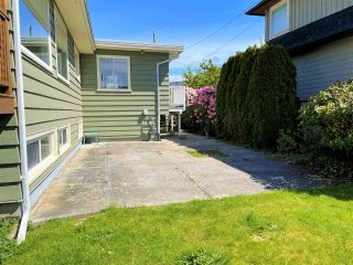 """Photo 37: 1066 CYPRESS Street: White Rock House for sale in """"Hillside"""" (South Surrey White Rock)  : MLS®# R2579690"""