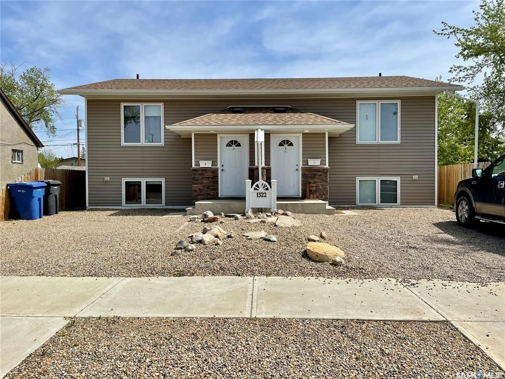 Main Photo: 1322 107th Street in North Battleford: Sapp Valley Residential for sale : MLS®# SK855222