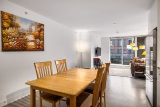 """Photo 3: 207 231 E PENDER Street in Vancouver: Downtown VE Condo for sale in """"Frameworks"""" (Vancouver East)  : MLS®# R2625636"""