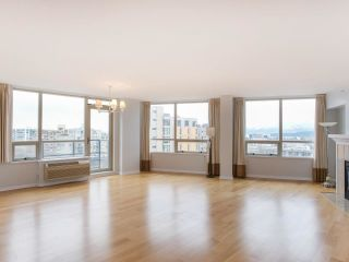 """Photo 6: 900 1570 W 7TH Avenue in Vancouver: Fairview VW Condo for sale in """"Terraces on 7th"""" (Vancouver West)  : MLS®# R2588372"""