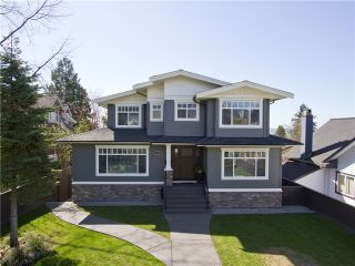 Photo 1: 415 E 6TH Street in North Vancouver: Lower Lonsdale House for sale : MLS®# V1058449