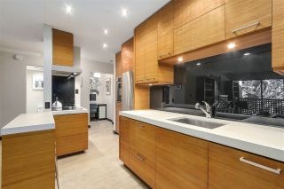 Photo 9: 208 330 E 7TH Avenue in Vancouver: Mount Pleasant VE Condo for sale (Vancouver East)  : MLS®# R2210108