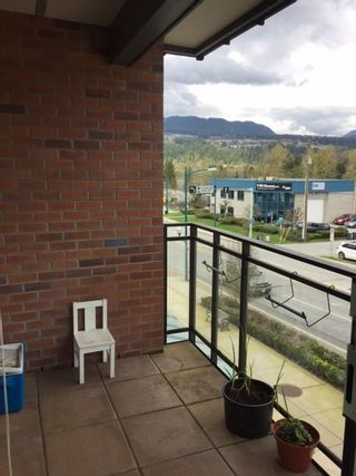 """Photo 15: 302 95 MOODY Street in Port Moody: Port Moody Centre Condo for sale in """"THE STATION"""" : MLS®# R2157124"""