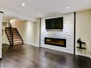 Photo 15: 2461 Felhaber Cres in Oakville: Iroquois Ridge North Freehold for sale : MLS®# W4071981
