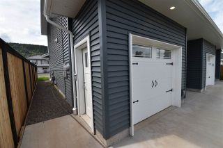 Photo 2: 4044 2ND Avenue in Smithers: Smithers - Town 1/2 Duplex for sale (Smithers And Area (Zone 54))  : MLS®# R2480712