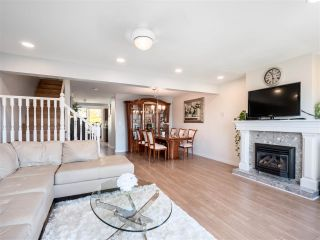 Photo 9: 6 232 E 6TH Street in North Vancouver: Lower Lonsdale Townhouse for sale : MLS®# R2393967