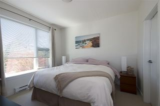 """Photo 9: 415 33539 HOLLAND Avenue in Abbotsford: Central Abbotsford Condo for sale in """"THE CROSSING"""" : MLS®# R2159342"""