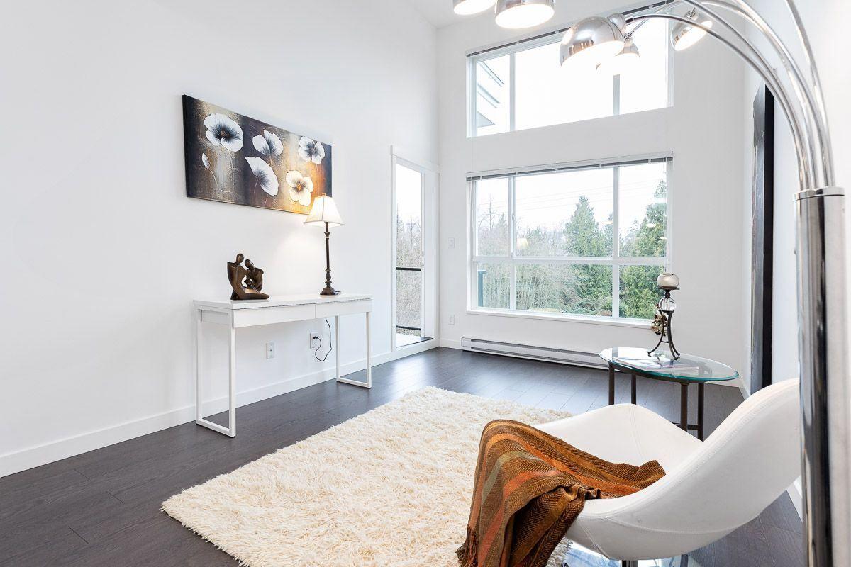 Main Photo: 405 10688 140 Street in Surrey: Whalley Condo for sale (North Surrey)  : MLS®# R2520711