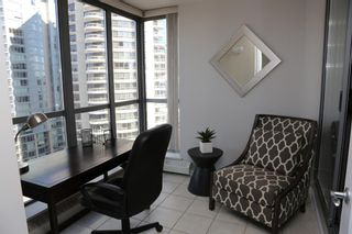 Photo 8: 1204 650 10 Street SW in Calgary: Downtown West End Apartment for sale : MLS®# A1085937