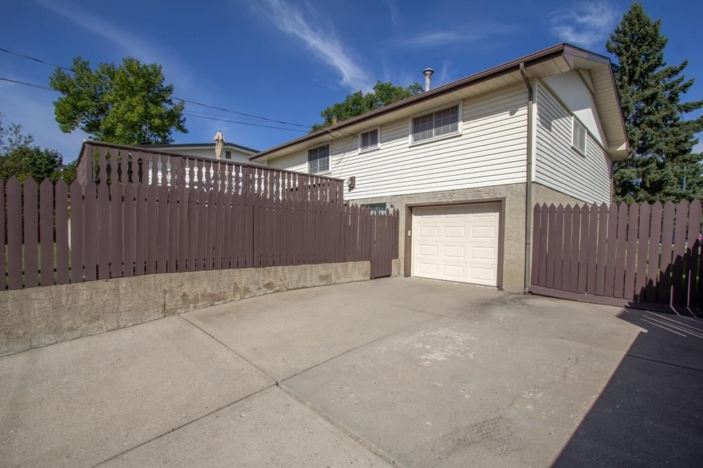 Photo 31: Photos: 1039 Hunterdale Place NW in Calgary: Huntington Hills Detached for sale : MLS®# A1144126