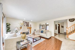 Photo 8: 23 Citadel Meadow Grove NW in Calgary: Citadel Detached for sale : MLS®# A1149022
