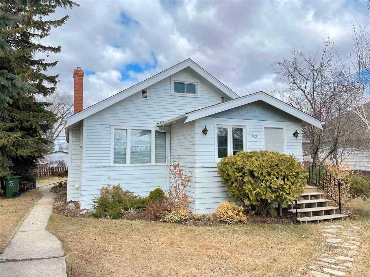 Main Photo: 10012 104 Street: Westlock House for sale : MLS®# E4239198