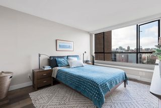 """Photo 17: 510 1490 PENNYFARTHING Drive in Vancouver: False Creek Condo for sale in """"Harbour Cove"""" (Vancouver West)  : MLS®# R2618903"""