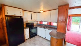"""Photo 3: 18 40022 GOVERNMENT Road in Squamish: Garibaldi Estates Manufactured Home for sale in """"Angelo's Trailer Park"""" : MLS®# R2386554"""