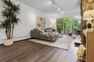 """Photo 12: 203 1484 CHARLES Street in Vancouver: Grandview Woodland Condo for sale in """"LANDMARK ARMS"""" (Vancouver East)  : MLS®# R2613737"""