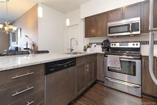 Photo 14: 302 662 Goldstream Ave in VICTORIA: La Fairway Condo for sale (Langford)  : MLS®# 834049