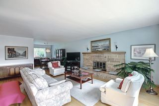 Photo 5: 121 Hallbrook Drive SW in Calgary: Haysboro Detached for sale : MLS®# A1134285
