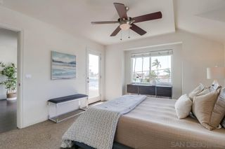 Photo 14: PACIFIC BEACH House for sale : 3 bedrooms : 1653 Chalcedony St in San Diego