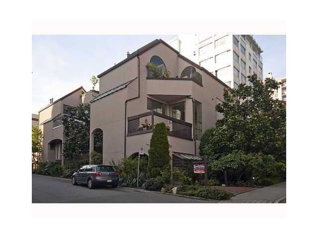 "Main Photo: 3 1019 GILFORD Street in Vancouver: West End VW Townhouse for sale in ""GILFORD MEWS"" (Vancouver West)  : MLS®# V927382"