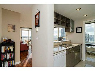 Photo 4: # 2502 939 EXPO BV in Vancouver: Yaletown Condo for sale (Vancouver West)  : MLS®# V1040268