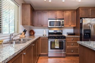 """Photo 12: 1842 MOSSY GREEN Way: Lindell Beach House for sale in """"THE COTTAGES AT CULTUS LAKE"""" (Cultus Lake)  : MLS®# R2593904"""