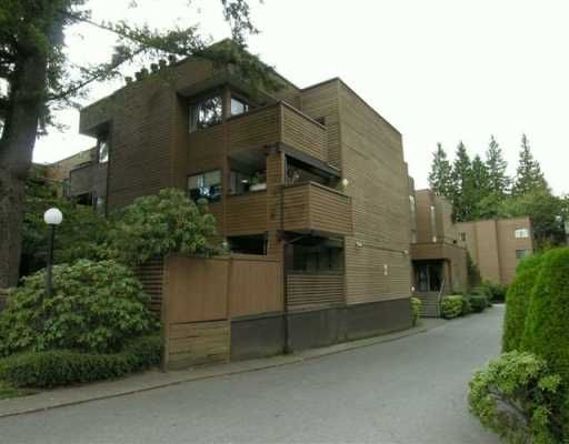 """Main Photo: 110 3275 MOUNTAIN HY in North Vancouver: Lynn Valley Condo for sale in """"HASTINGS MANOR"""" : MLS®# V557866"""