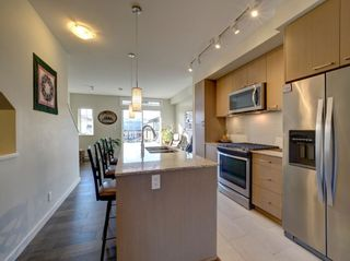 """Photo 6: 5980 OLDMILL Lane in Sechelt: Sechelt District Townhouse for sale in """"Edgewater"""" (Sunshine Coast)  : MLS®# R2243724"""