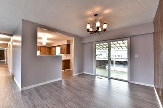Photo 6: 17836 59A Avenue in Surrey: Cloverdale BC House for sale (Cloverdale)  : MLS®# R2111038
