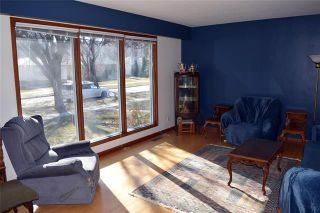 Photo 2: 829 Oxford Street in Winnipeg: River Heights Residential for sale (1D)  : MLS®# 1908804