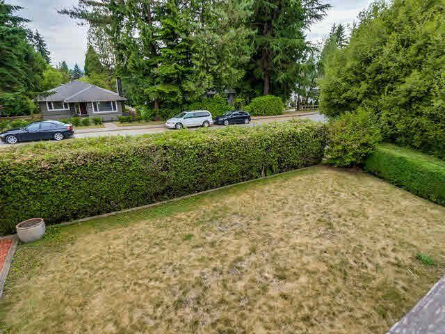 """Photo 3: Photos: 340 E 23RD Street in North Vancouver: Central Lonsdale House for sale in """"CENTRAL LONSDALE/GRAND BLVD"""" : MLS®# V1143583"""